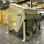 Side Load Hydraulic Gaylord Container Box Dumper